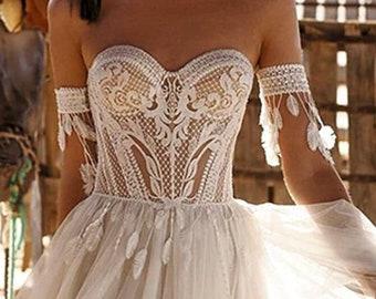 Wedding dress, wedding dress, wedding; with great lace, boho hippie