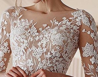 Wedding dress, wedding dress, wedding; with top applications