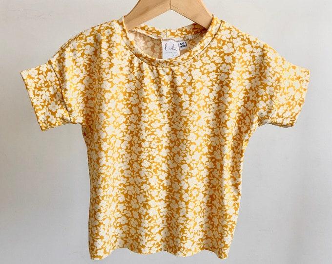 Box tee / Mustard floral