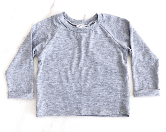 Heather grey raglan shirt