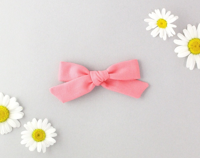 Flamingo // Schoolgirl Bow