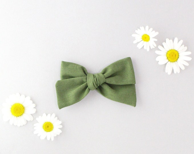Olive  // Sailor bow