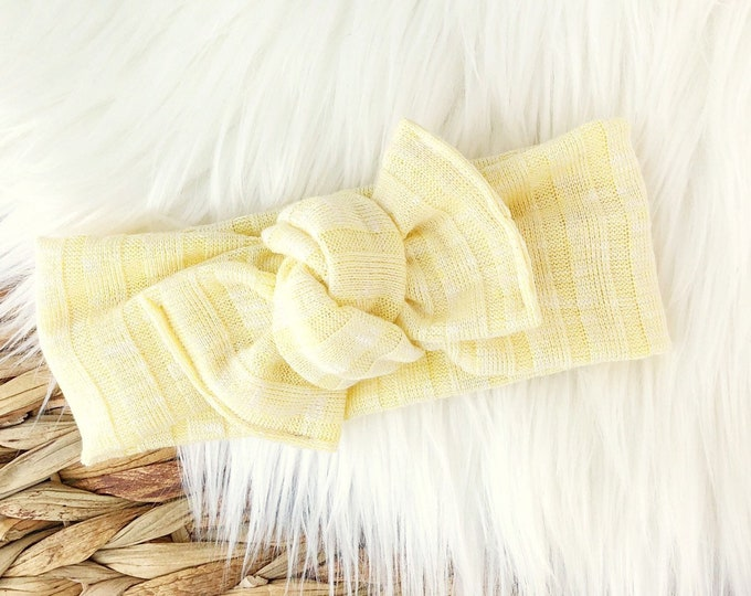 Pastel yellow Tie-on