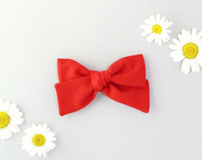 Red // Sailor bow