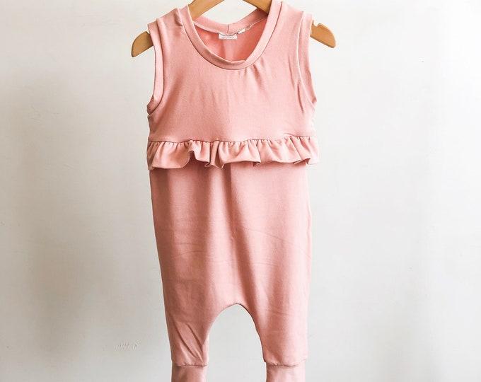 Pink ruffle // Romper