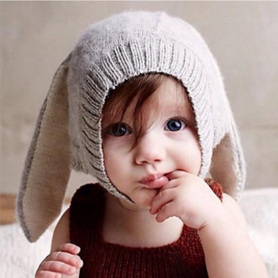 Bébé lapin oreilles Bonnet en tricot   Etsy 5eb91bdff53