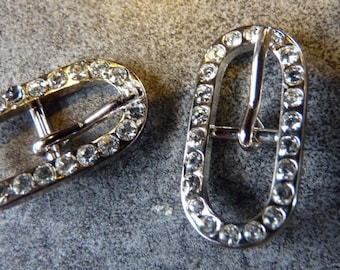 Boucle de ceinture ovale déco et couture métal argentée 55c5a466a17
