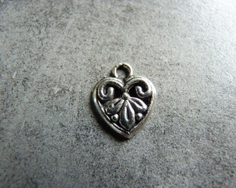 (Charms) heart charm in silver