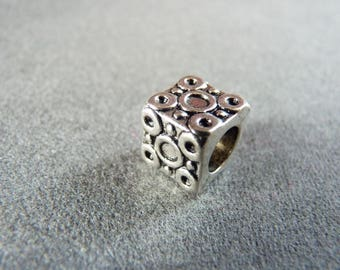 Square Pearl style deco Pandora carved antique silver