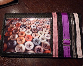"""Door-checkbook """"my little buttons"""", ribbons and black material effect"""