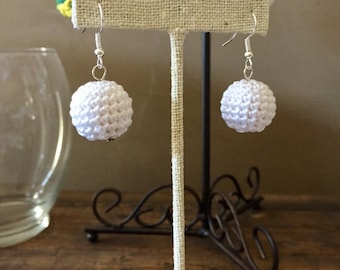 White Crochet Bead Earrings / Bead Earrings / Sprin Earrings / Fashion Jewelry / Spring Jewelry / Gifts for Women / Gifts Under 20