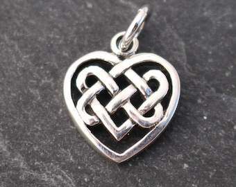 1 Celtic knot heart charm antique silver tone R101