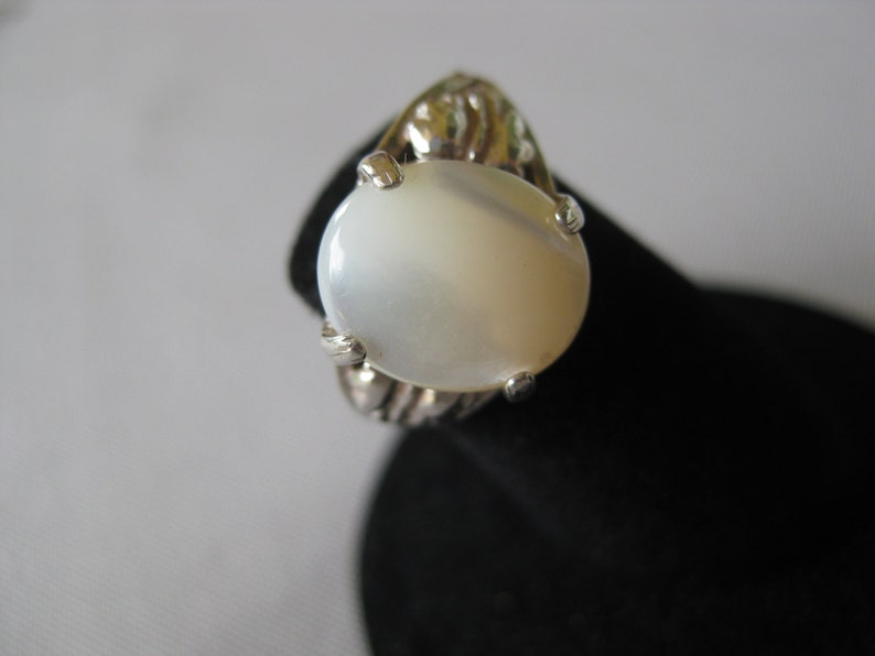 Mother of Pearl Shell Solitaire Statement Sterling Silver Ring image 0