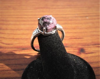 Rhodonite (12x10mm) Stone Cabochon Sterling Silver Ring Size 11, Item #1816.