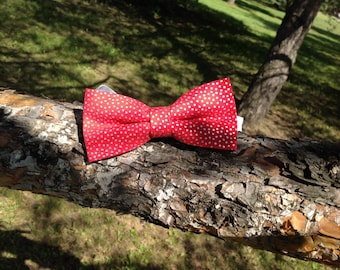 red bow tie whit silver dot