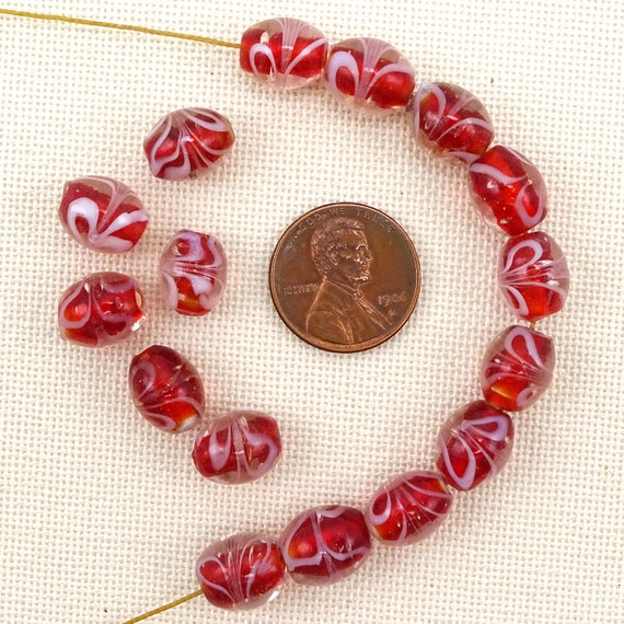 10 Lampwork Glass 8mm Red with Gold Foil in Clear Round Beads