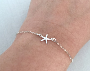 Tiny Starfish Bracelet, Bridesmaid Gift, Beach Wedding, Starfish in Silver and Gold, BFF Gift, Summer Jewelry