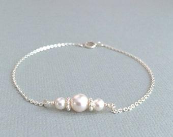 White Pearl Bracelet, Silver Pearl Bracelet, Bridesmaid Pearl Bracelet, Wedding Bracelet, Bridal Bracelet, Flower Girl Bracelet, Stamped Eve