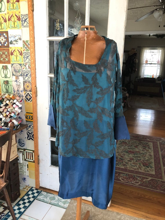 Authentic two piece 20's silk flapper dress