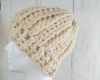 Olivia Beanie.Ready to Ship//CREAM Beanie//Fur Pom Pom//Crochet Beanie//Knit Beanie//Super Soft