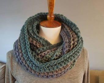 Laura Infinity Scarf.BLUE/GREEN/GRAY Infinity Scarf//Ready to Ship//Crochet Scarf//Caron Cakes