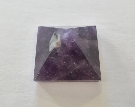 AMETHYST Pyramid// Crystal PYRAMID// Stone Carved Pyramid// Amethyst// Healing Crystals// Healing Tools// Home Decor// February Birthstone