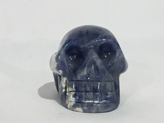 SODALITE Skull// Sodalite// Carved Skull// Healing Gemstones// Home Decor// Healing Tools// Crystal Skull// Sodalite/ Third Eye Chakra Stone