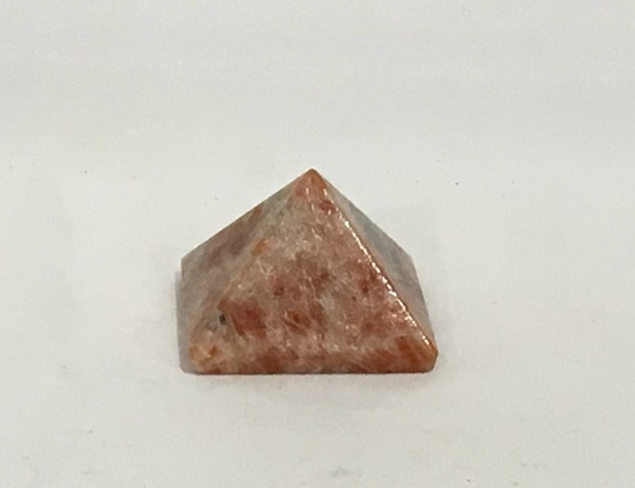 SUNSTONE Pyramid// Sunstone// Crystal PYRAMID// Sunstone Pyramid// Stone Carved Pyramid// Healing Crystals// Healing Tools// Home Decor