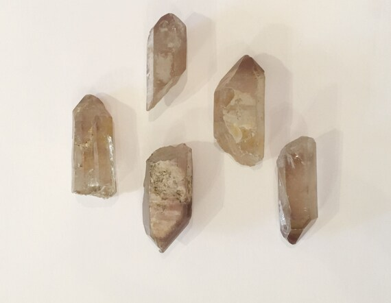 Beautiful Natural LITHIUM QUARTZ POINTS// Quartz Points// Healing Gemstones// Powerful Healing Crystals// from Brazil