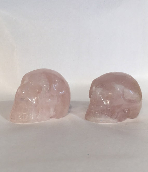 Beautiful ROSE QUARTZ Skulls// Carved Skull// Healing Gemstones// Home Decor// Healing Tools// Crystal Skull// Rose Quartz// Crystal Skull