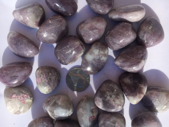 Beautiful Tumbled RUBELLITE in QUARTZ + LEPIDOLITE Healing Gemstone// Tumbled Stones// Healing Crystals// Healing Tools// Love Stones