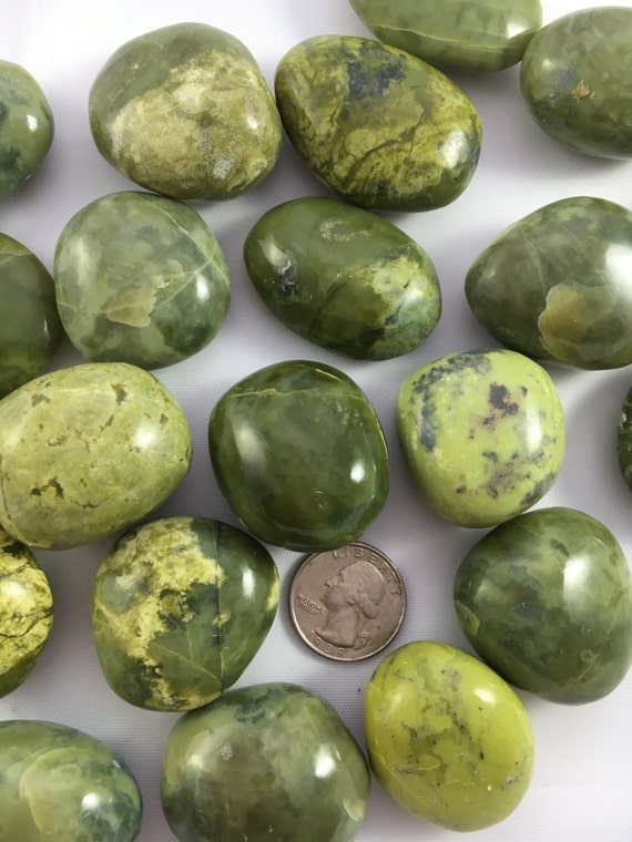 Beautiful Tumbled SERPENTINE Healing Gemstone// Serpentine// Tumbled Stones// Healing Crystals// Green Stones// Heart Chakra// from Peru
