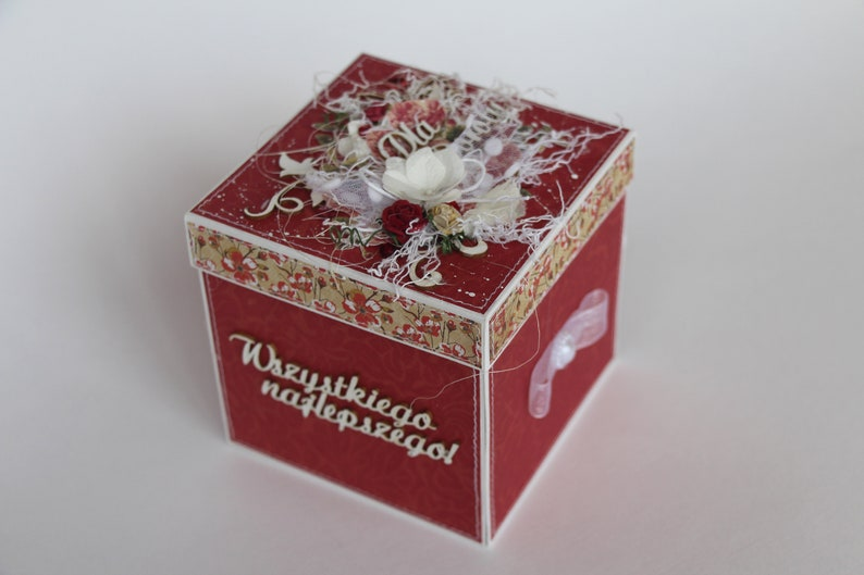 Explosion Box Keepsake Gift With Lid Red