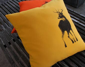 Canadian Buck Pillow