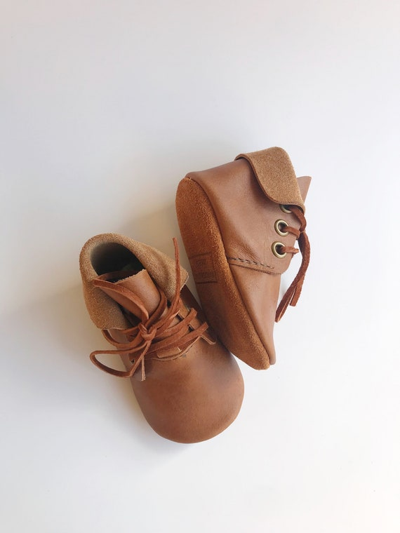 Brown leather baby moccasin Boots brown