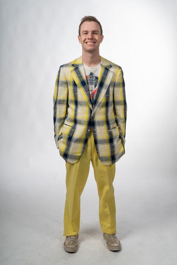 1970s Vintage Mens Yellow Suit