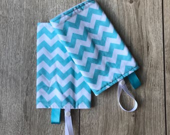 Protects Sling seat seat/baby blue and white chevron