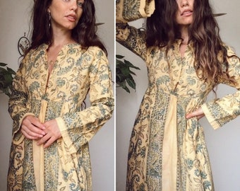 Vintage 60s  INDIAN COTTON MAXI  Bohemian Gypsy Hostess Kaftan Style Long Dress  Traditional Blockprint Bell Sleeve Dress  Size S-M