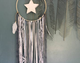 Dream catcher in shades of gray and White Star