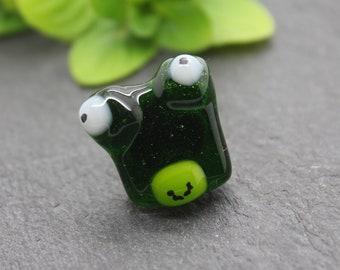 Frog badge, frog gift, animal gift