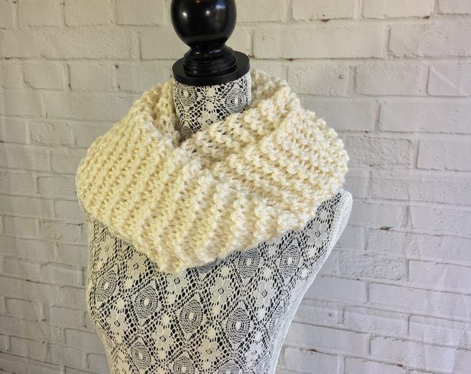 Sale / hand knitted wool infinity scarf / gifts for her / chunky knit scarf / gifts for teens / women's scarf / knit scarf /