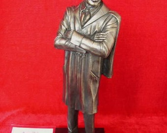 Dr Who Jon Pertwee Figurine Limited Edition Only 1000 Made By LEGENDS FOREVER The Third Doctor Statue Figure Model Ornament For Dispaly