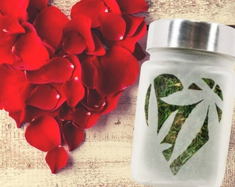 Pot Leaf in Heart Stash Jar, Weed Gifts for Ladies, Airtight Weed Accessories for Stoner Girls, Cute Cannabis Smoking Accessories