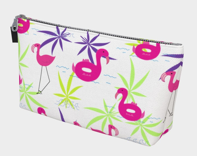 Fun Flamingo Summer Cosmetic Accessories, Toiletries and Make-Up Bag by Twisted420Glass