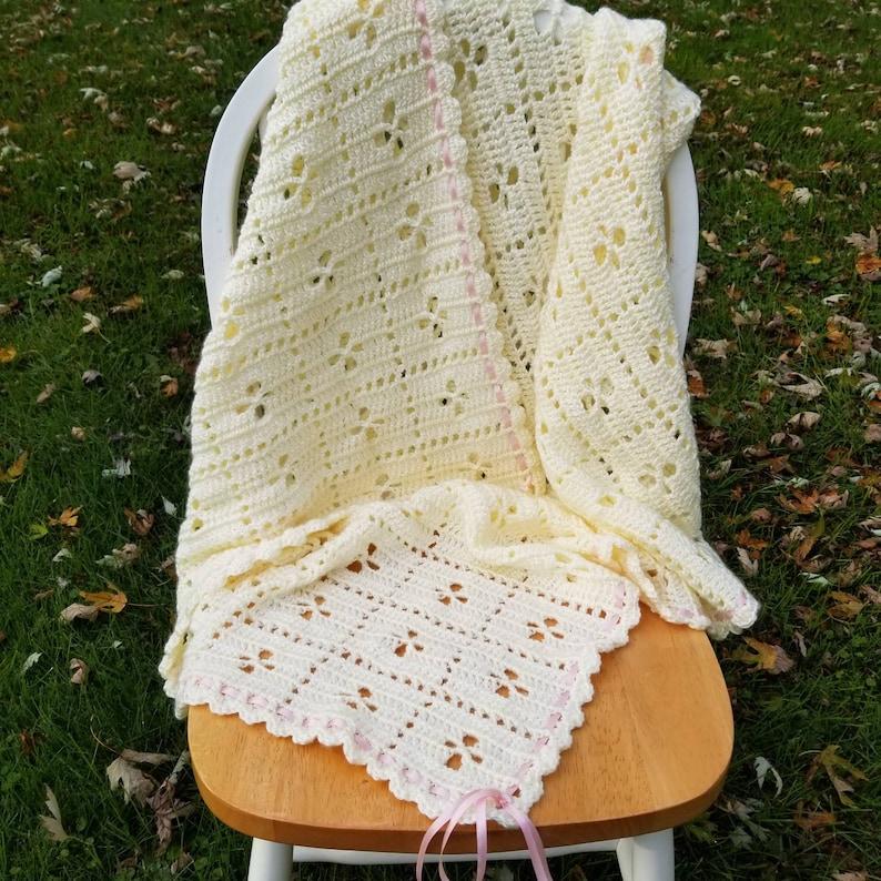 Resultado de imagem para The Midwife Blanket