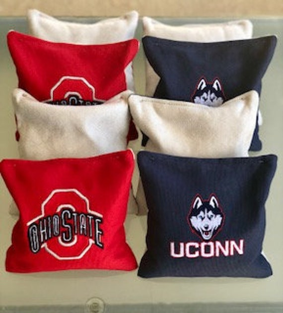 Stick and Slick CORNHOLE BEAN BAG TOSS GAME CHOICE OF 2 COLORS 8 CORN HOLE BAGS