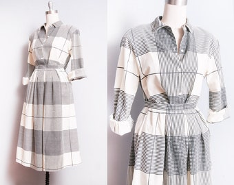 Vintage 1980's | 100% Cotton | 2 Piece Set | Button Down Blouse | Full Skirt | XS/S