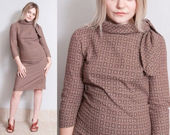Vintage 1950's | Brown | Cotton | Printed | Patterned | 3/4 Sleeves | Wiggle | Dress | S