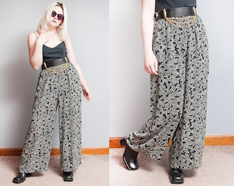 Vintage 1990's | Black & White | Wide Leg | Palazzo | Pants | Light | Flowy Fabric | S/M
