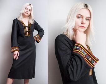 Vintage 1970's | Black | Ethnic | Embroidered | Deep V | Boho | Dress | M